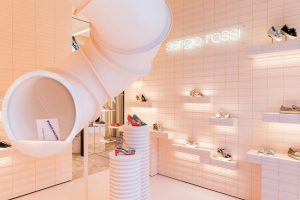 Sergio-Rossi-Pop-Up-Store-Milano-Wonder-Machine